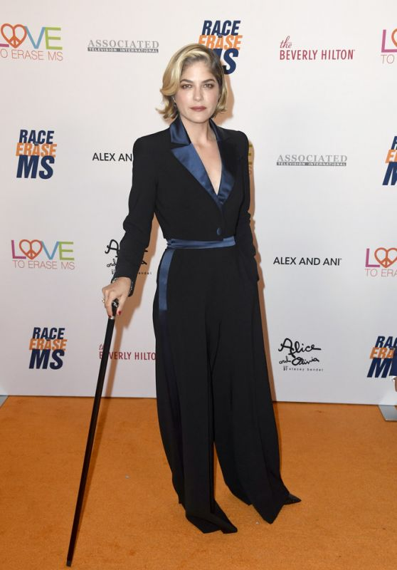 Selma Blair – 2019 Race to Erase MS Gala