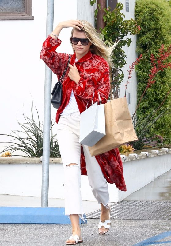 Sofia Richie Casual Style 05/22/2019