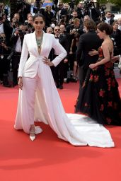 """Sonam Kapoor – """"Once Upon a Time in Hollywood"""" Red Carpet at Cannes Film Festival"""