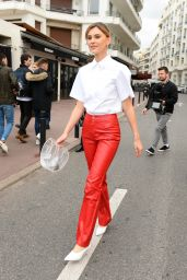 Stefanie Giesinger Style - Out in Cannes 05/18/2019