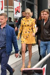 Taylor Swift - Arriving at NRJ Radio Station in Paris 05/25/2019