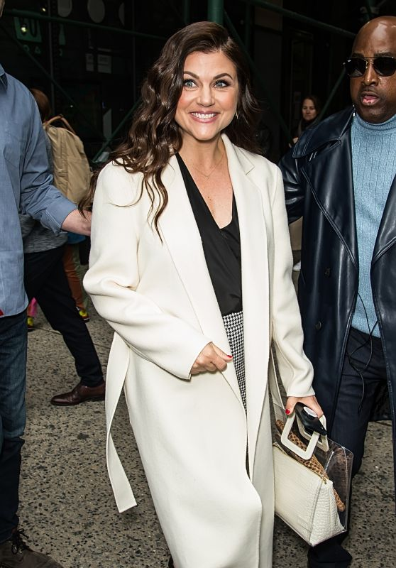 Tiffani Thiessen - Leaving BUILD Series in NYC 04/30/2019