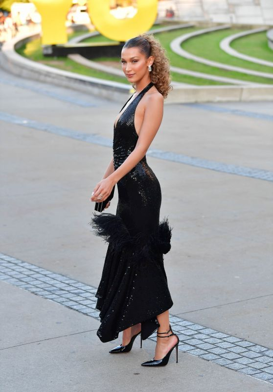 Bella Hadid – Arriving at the CFDA Fashion Awards in NYC 06/03/2019