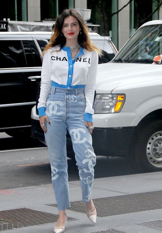 Bella Thorne at SiriusXM in NYC 06/14/2019