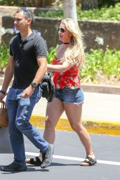 Britney Spears in Jeans Shorts - Shopping in Thousand Oaks 06/28/2019