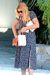 Busy Philipps Style - Shopping in LA 06/19/2019