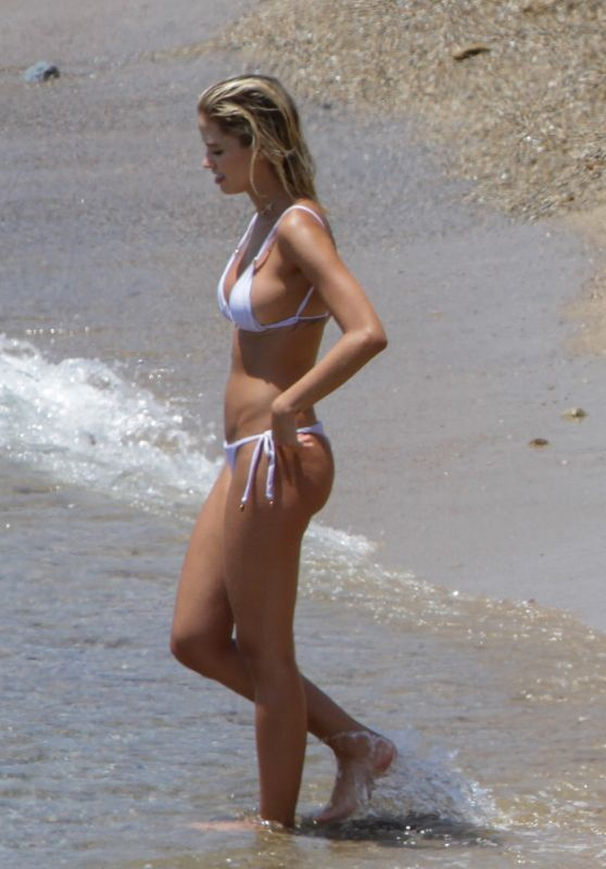 Carolina Dias and Kaka at the Beach on Mykonos Island 06/24/2019