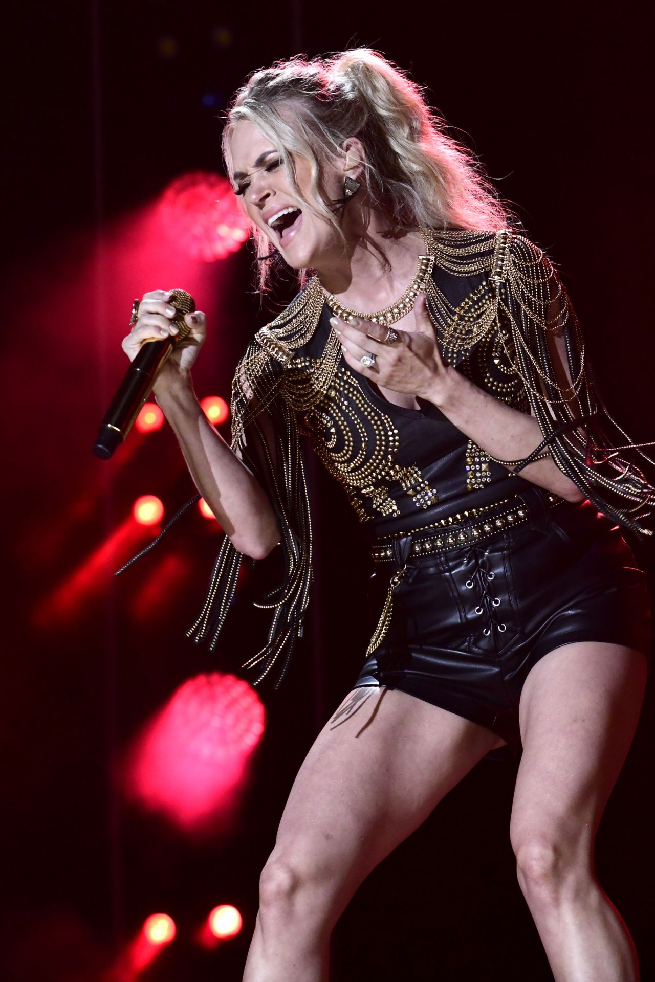 Carrie Underwood 2019 Cma Music Festival Day 2 In