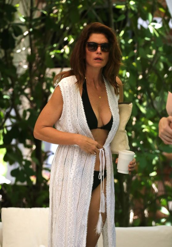 Cindy Crawford - Vacation in Miami 06/22/2019