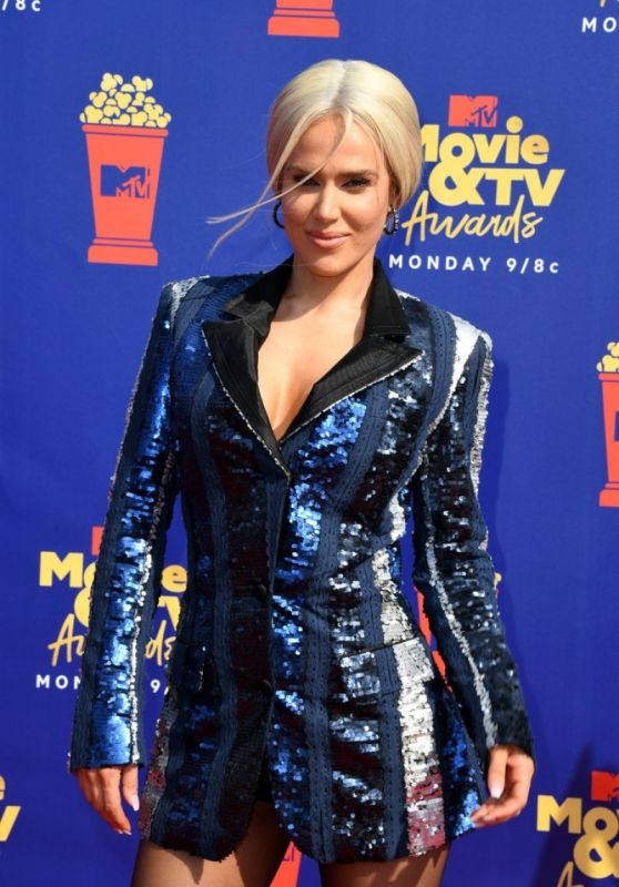 CJ Perry – 2019 MTV Movie & TV Awards in LA