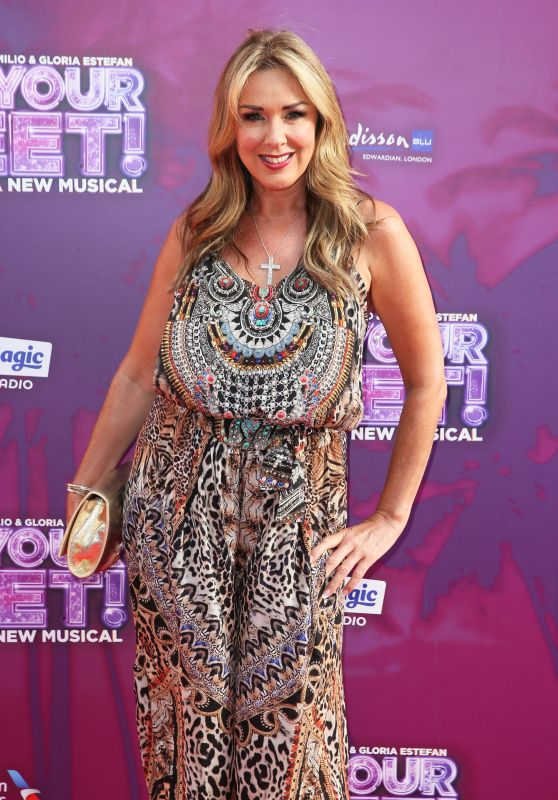 "Claire Sweeney – ""On Your Feet!"" Press Night in London"