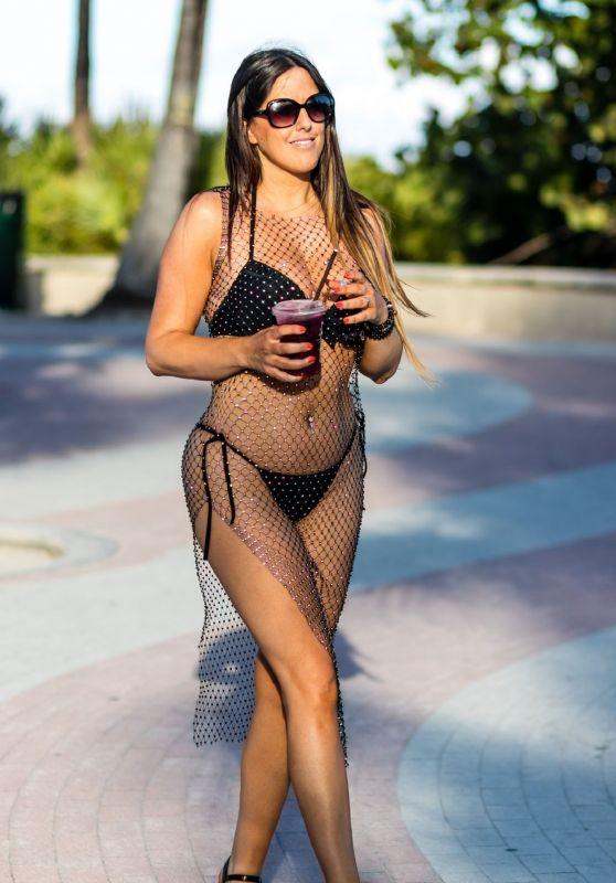 Claudia Romani in Bikini - South Beach 06/05/2019
