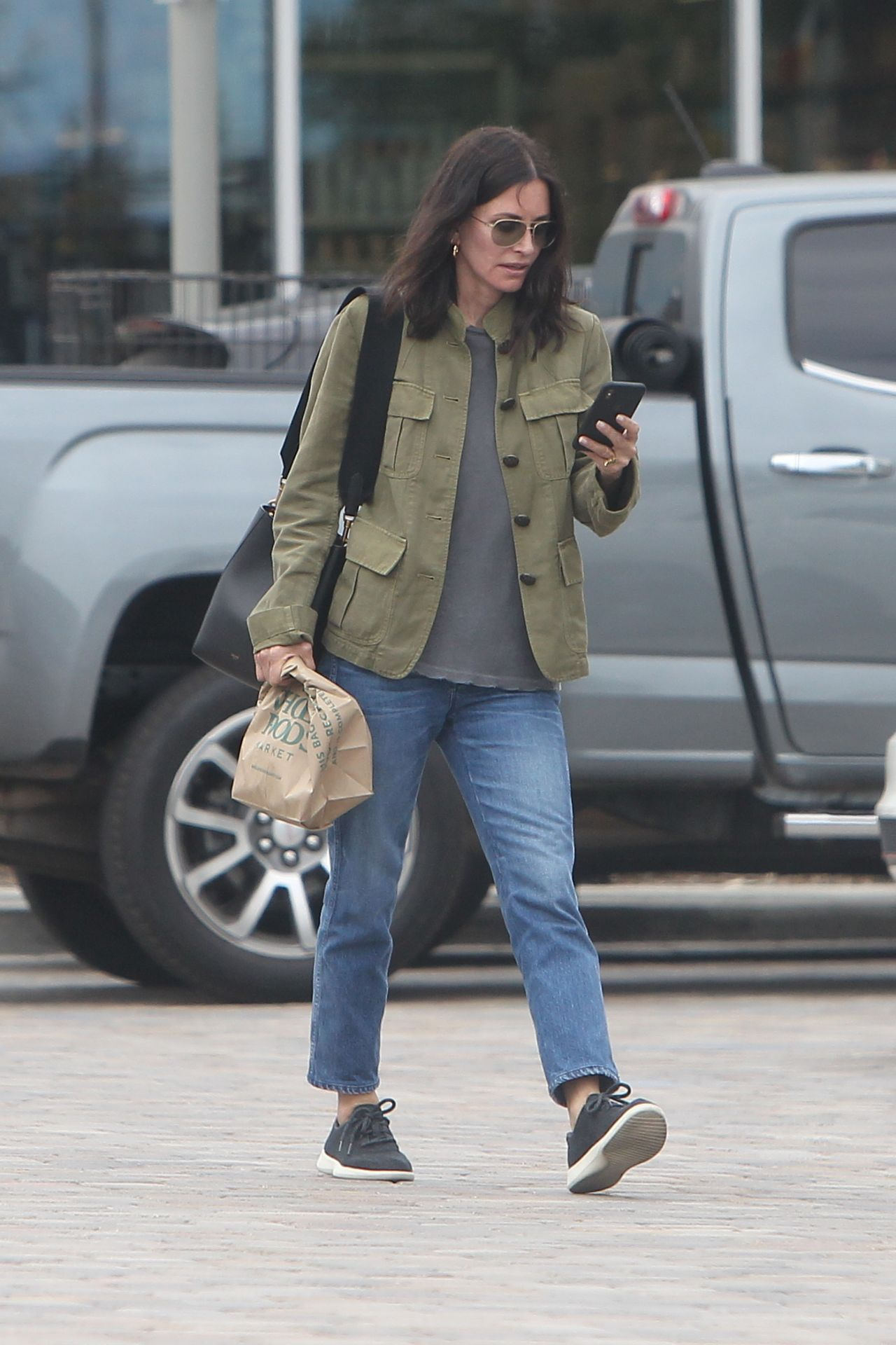 Courtney Cox Shopping At Whole Foods In La 06 22 2019