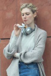 Elizabeth Debicki - Munching on a Snack in Beverly Hills 06/14/2019