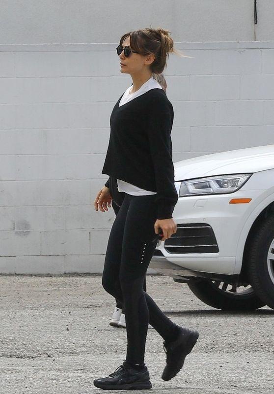 Elizabeth Olsen in Tights 05/31/2019