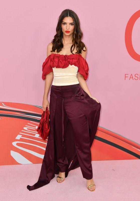 Emily Ratajkowski – 2019 CFDA Fashion Awards in NYC