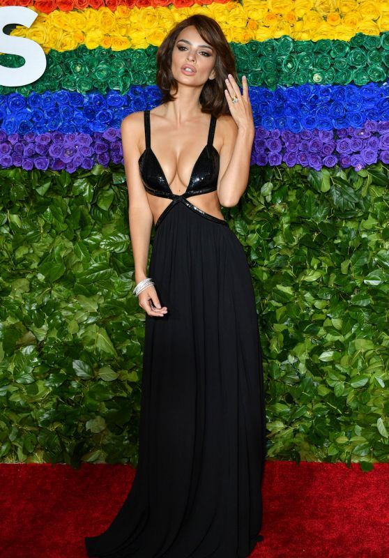 Emily Ratajkowski - 2019 Tony Awards in New York
