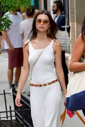 Emily Ratajkowski - Out With Colombo in NYC 06/06/2019