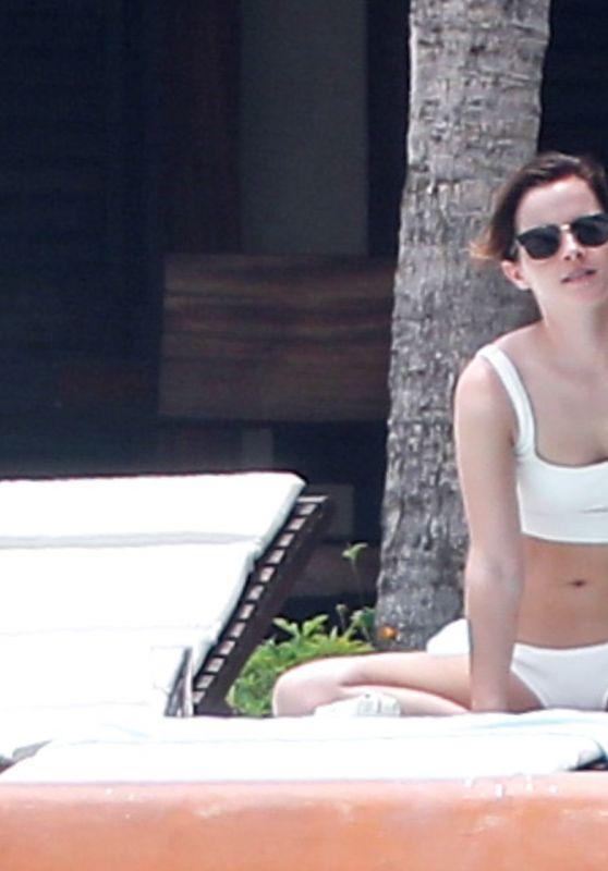 Emma watson bikini pics