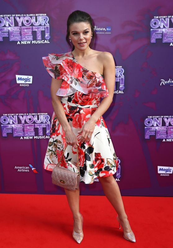 "Faye Brookes – ""On Your Feet!"" Press Night in London"