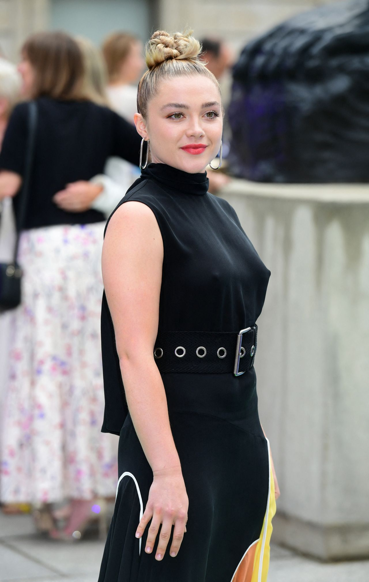 Florence Pugh  Royal Academy Of Arts Summer Exhibition -5332
