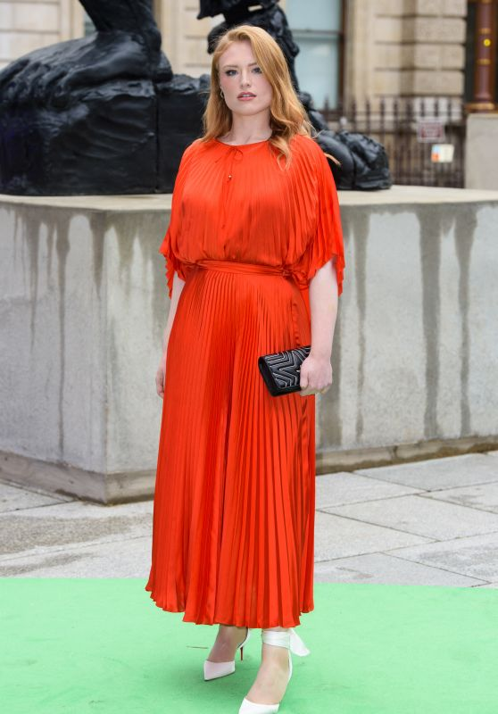 Freya Ridings – Royal Academy of Arts Summer Exhibition Party 2019 in London