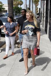 Iskra Lawrence - Shopping in Beverly Hills 06/10/2019