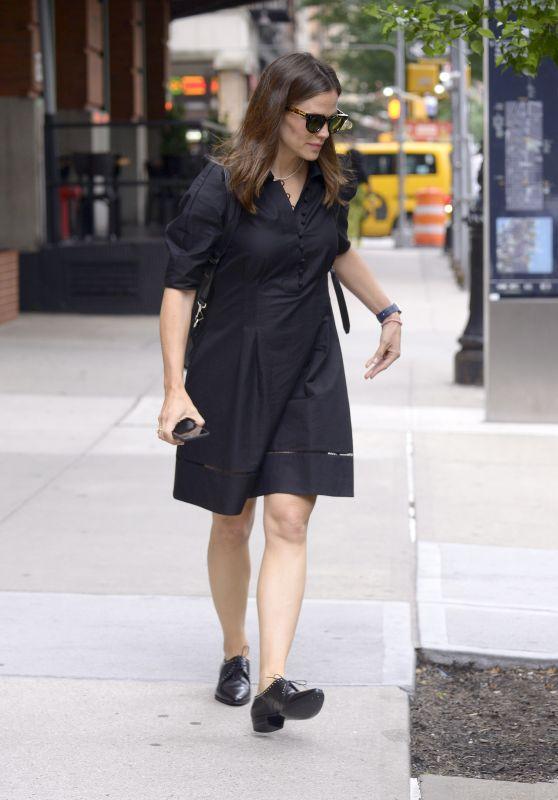 Jennifer Garner - Out in NYC 06/17/2019