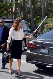 Jennifer Garner Wields a Lightsaber on Her Way to Church in Brentwood 06/09/2019