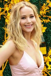 Jennifer Lawrence – 2019 Veuve Clicquot Polo Classic in NY
