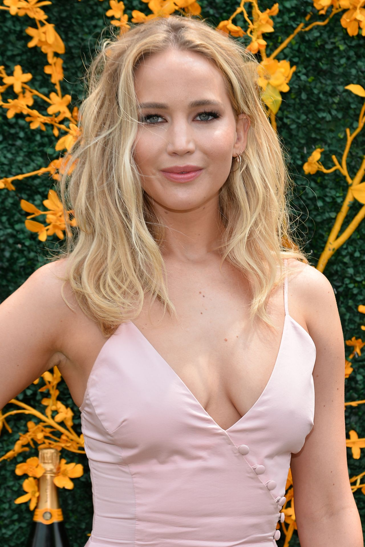 Jennifer Lawrence – 2019 Veuve Clicquot Polo Classic in NY ...