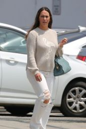 Jennifer Love Hewitt - Shopping in Venice 05/31/2019