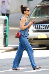 Katie Holmes Street Style - Shopping in New York City 06/22/2019