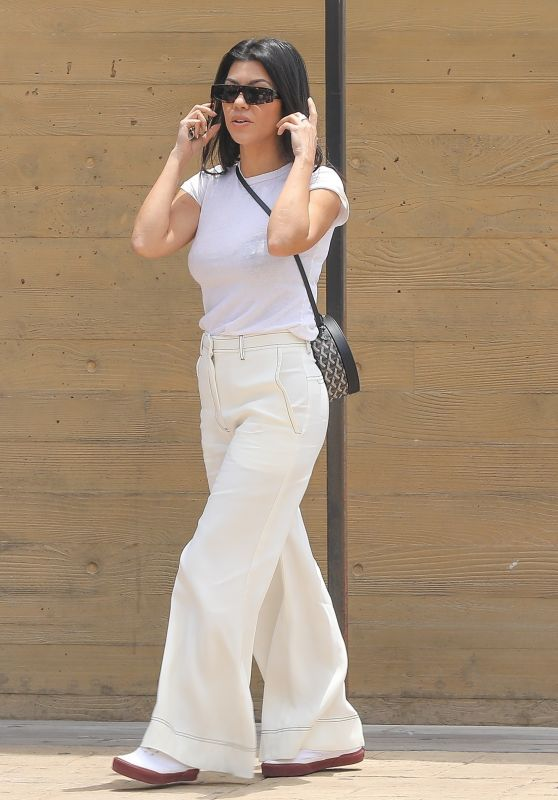 Kourtney Kardashian in Comfy Outfit at Nobu in Malibu 06/11/2019