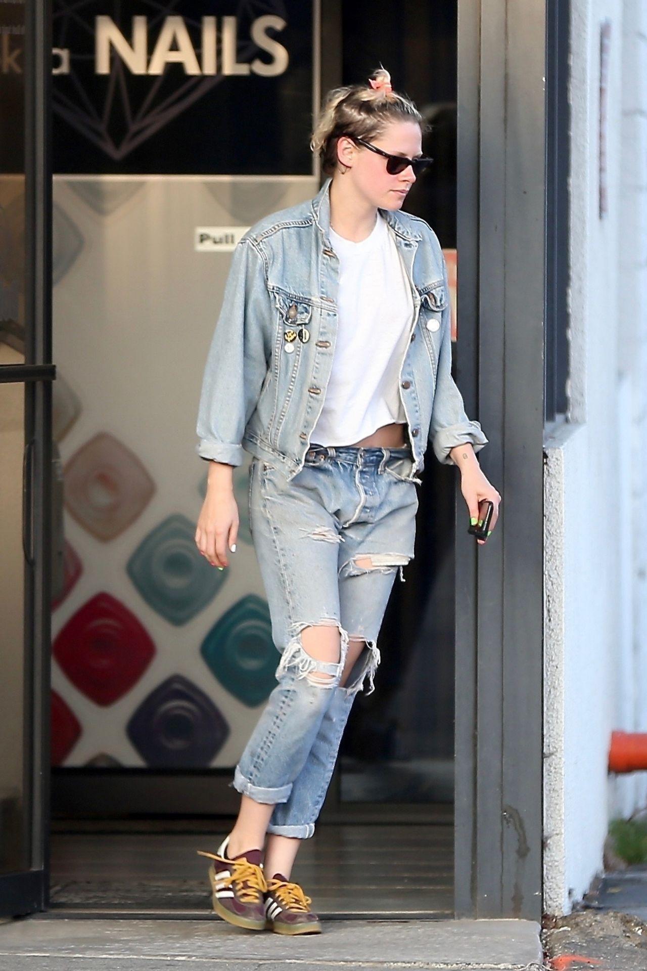 Kristen Stewart In Ripped Jeans Out In La 06 04 2019