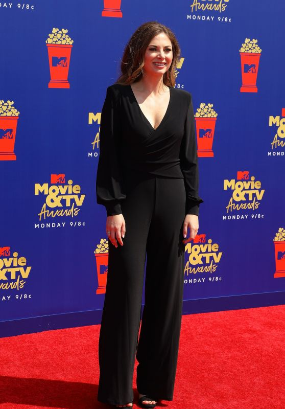 Lauren Zima – 2019 MTV Movie & TV Awards in LA