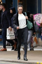 Lilly Becker Casual Style - London 06/12/2019
