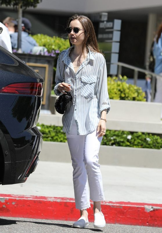 Lily Collins Casual Style - Los Angeles 06/08/2019