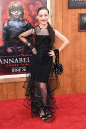 """Mckenna Grace – """"Annabelle Comes Home"""" Premiere in Westwood"""