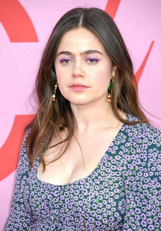Molly Gordon – 2019 CFDA Fashion Awards in NYC