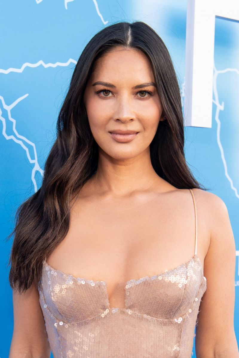 Olivia Munn stunning at The Rook premiere