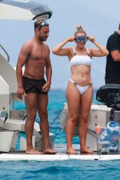 Perrie Edwards and Alex Oxlade-Chamberlain on Holiday in Ibiza 06/08/2019