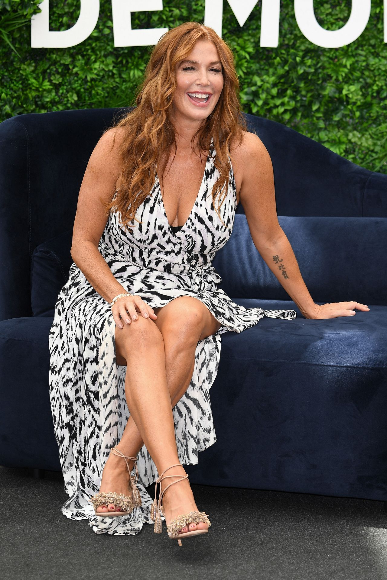 47 year old cougar Poppy Montgomery looking fabulous, HUGE fucking boobs :)
