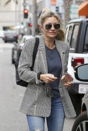 Rebecca Gayheart at a Nail Salon in Los Angeles 6/26/2019