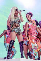Rita Ora - 2019 Orange Warsaw Festival