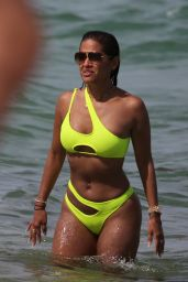 Rocsi Diaz in a Neon Yellow Bikini on the Beach in Miami 06/11/2019
