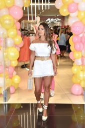 Sam Faiers - Collezione Clothing Range Launch in Kent 05/31/2019