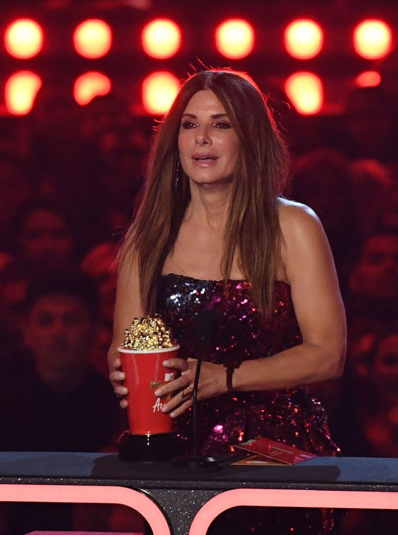 Sandra Bullock - Accepts the Award at the 2019 MTV Movie ...