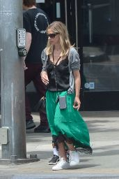 Sarah Michelle - Gellar Shopping in LA 06/13/2019