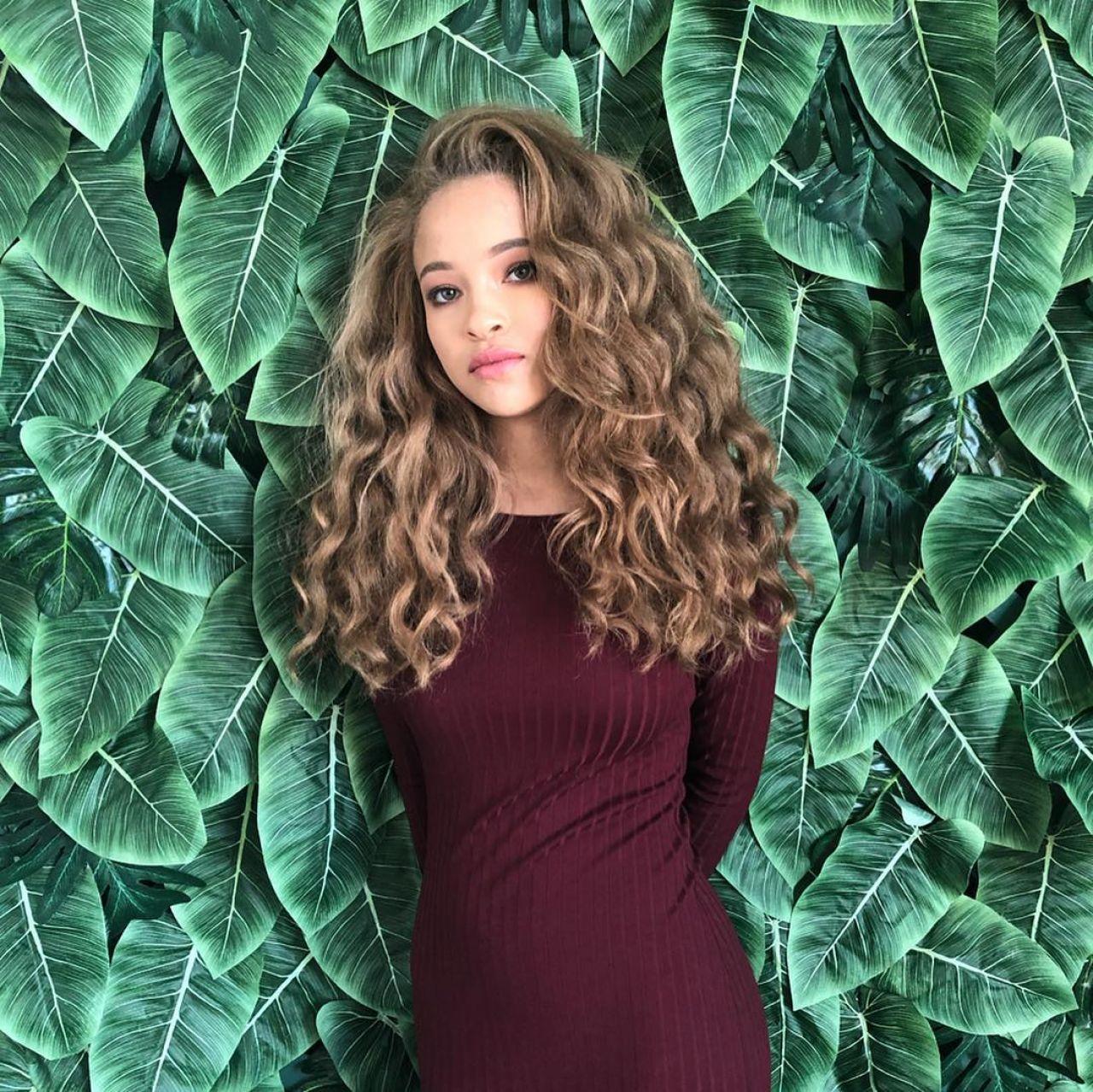 Shelby Simmons - Social Media 06/27/2019 • CelebMafia
